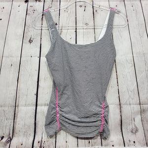 3x20 VSX  yoga workout form fittibg tank stripes m